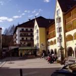 Ortisei/St.Ulrich. To miasteczko, mimo, że włoskie, było tak naprawdę austriackie: i w formie, i w treści... Ciekawa jest historia tego regionu tak w ogóle.