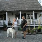Gospodyni ze swoim ulubieńcem, rodowodowym Borzojem-Chartem Rosyjskim - Maurice'em. No, ja tam też jestem. :-)