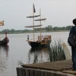 Jakieś zakrzywienie czasoprzestrzeni chyba: Wikingowie, piraci, jachty, kowboj (cowboy)... hmmm....
