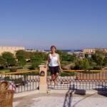 Kasia, ogród i Red Sea w dalszej perpektywie.