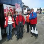 Parking w Passo Tonale: Kasia, gips na rączce, Mariusz, Dana, Brat (jeden z dwóch), Kuba (nasz instruktor, GOPR-owiec ze Szczyrku)