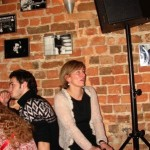 Kasia śpiewająca.  Oooo!!! Hmm???